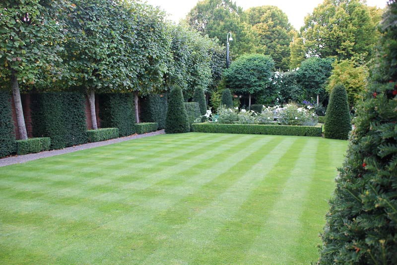 garden design ideas for large gardens